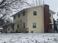 118 East Division Road, Shannon, IL 61078