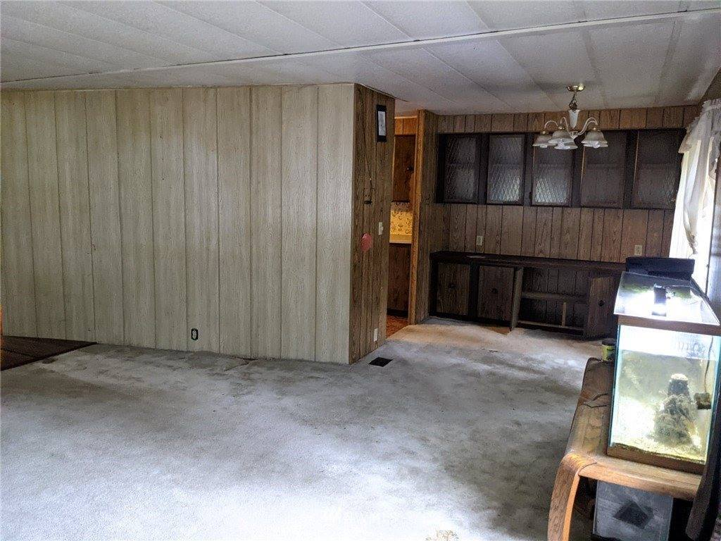8905 East Pressentin Drive, Concrete, WA 98237