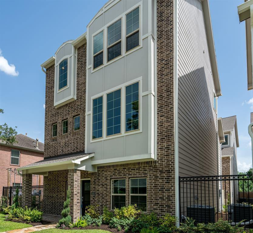 1228 Murrayhill Drive, Houston, TX 77043