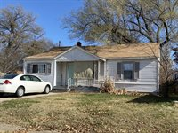 702 S Yale St, Wichita, KS 67218