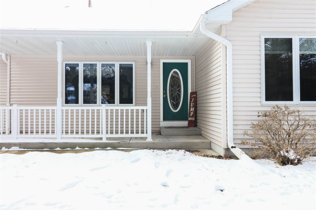 6210 South Valley Drive, Wisconsin Rapids, WI 54494
