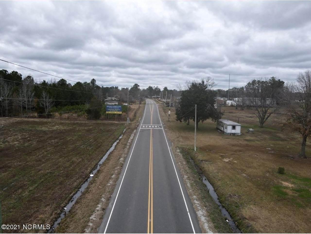 12644 New Britton Hwy E, Whiteville, NC 28472