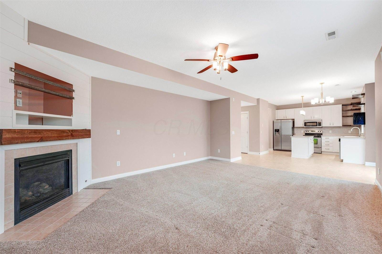 1293 Hickory Valley Drive, Blacklick, OH 43004