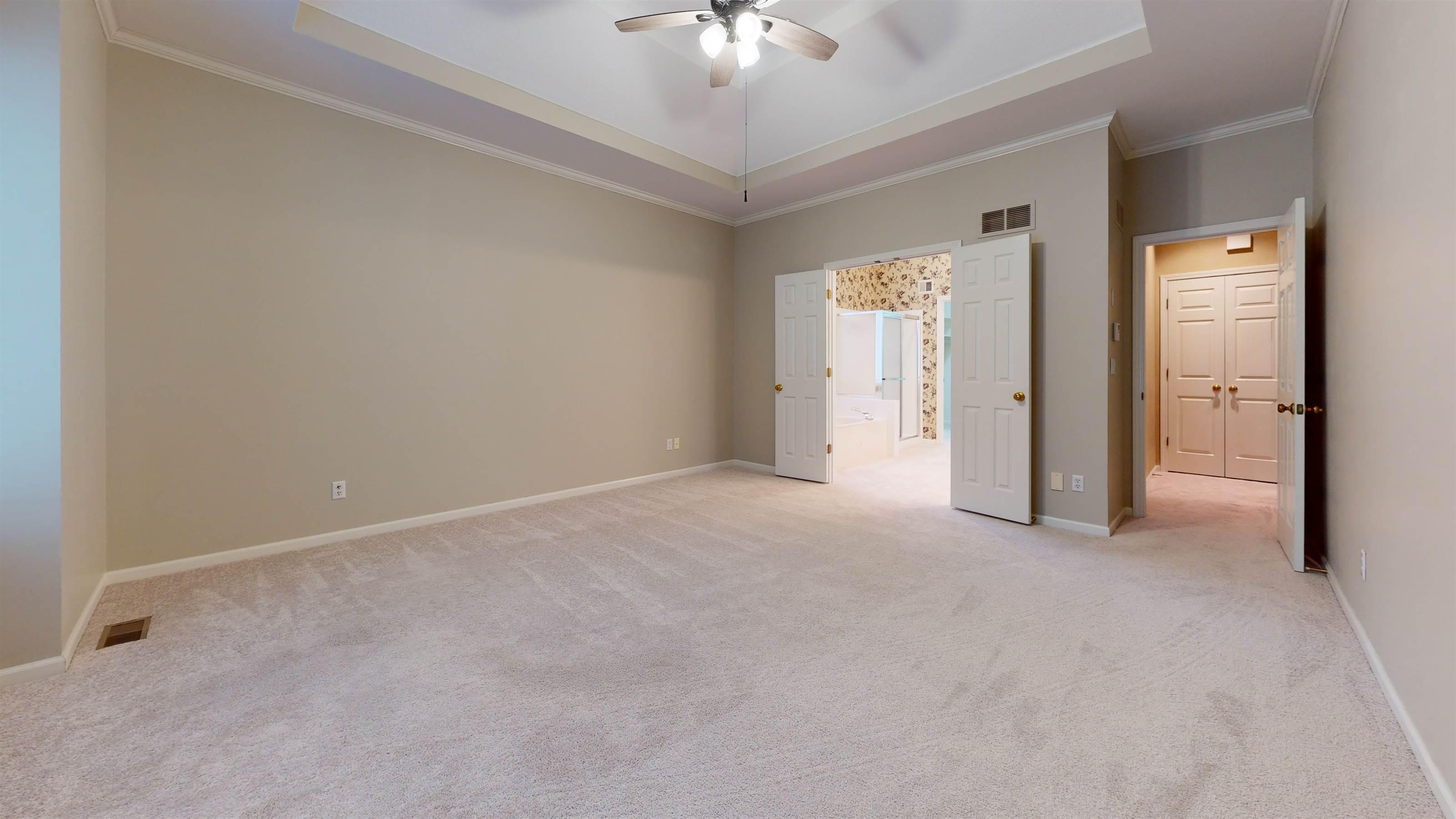 14141 Slater Street, Overland Park, KS 66221