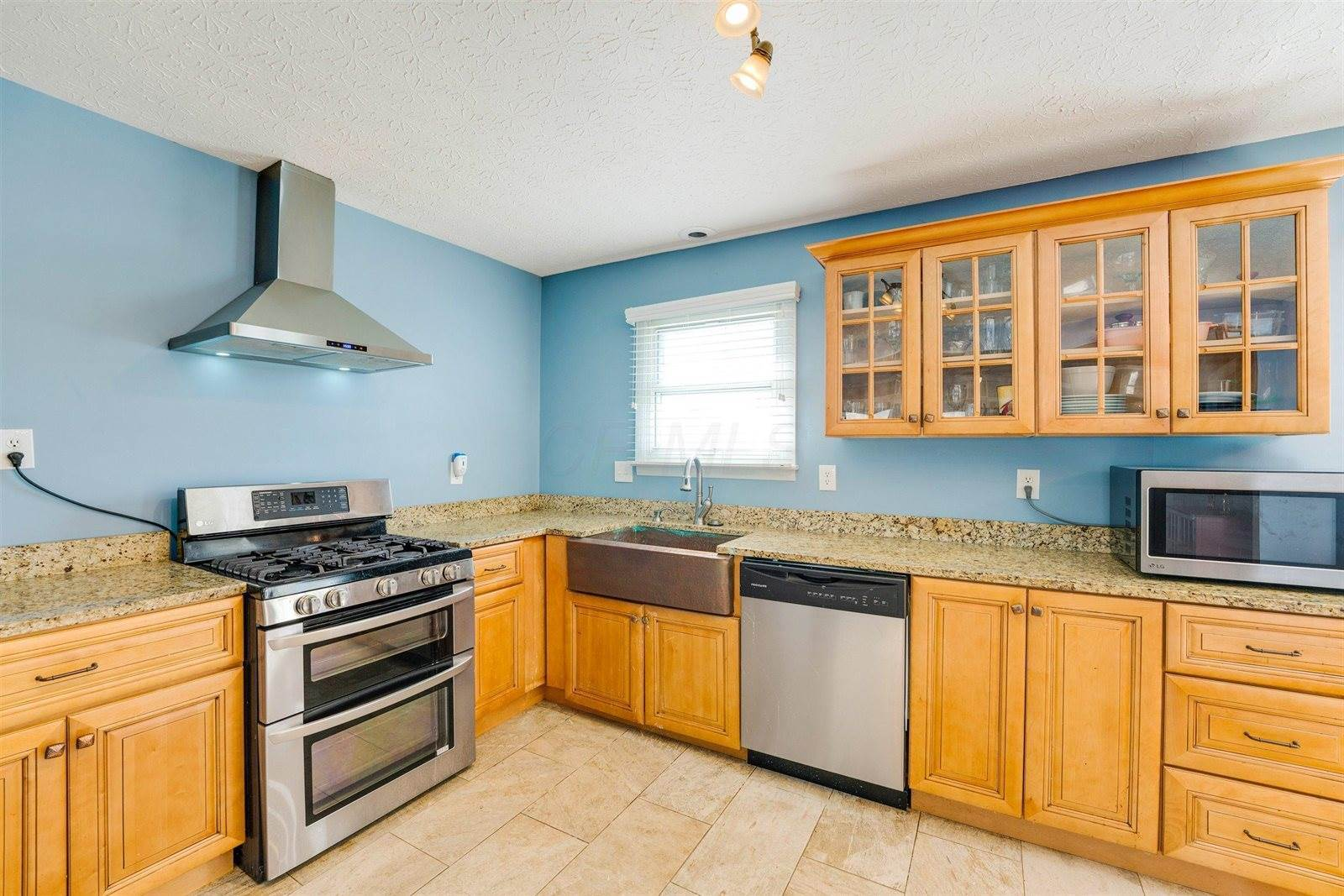 2412 Somersworth Drive, Columbus, OH 43219