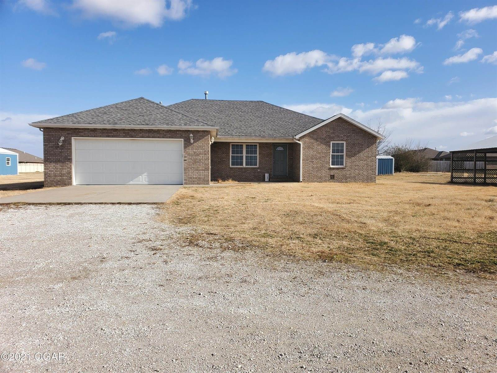 2215 South Duquesne Road, Joplin, MO 64801