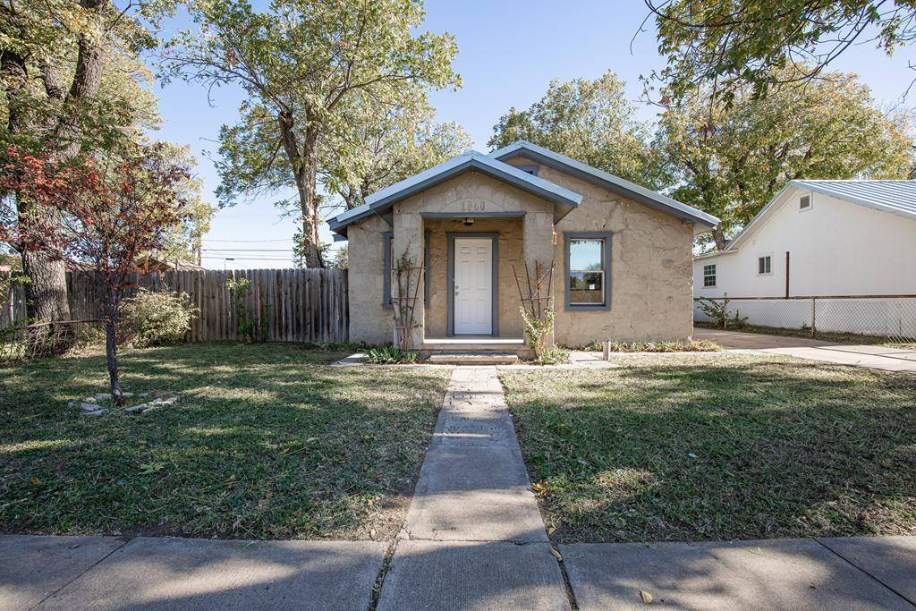 1105 Tayloe Ave, Sonora, TX 76950