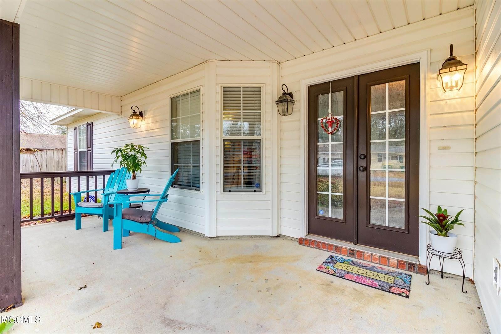 9120 Marina Ave, Ocean Springs, MS 39564