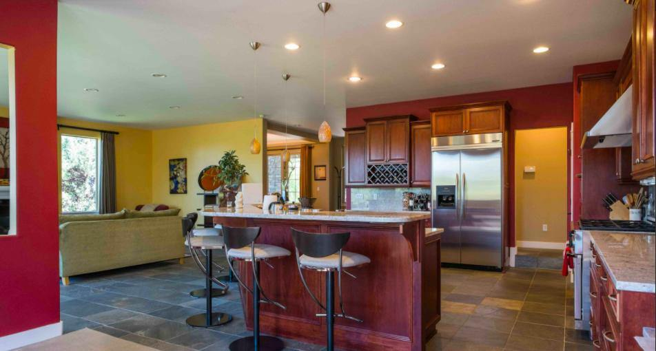 595 NW Flagline Drive, Bend, OR 97703