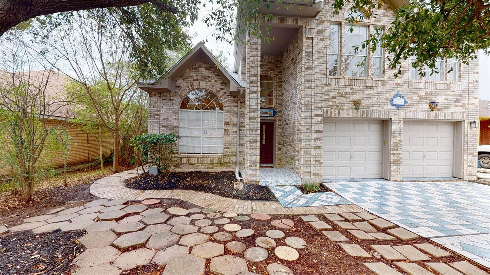 5207 Cabin Lake Dr, San Antonio, TX 78244