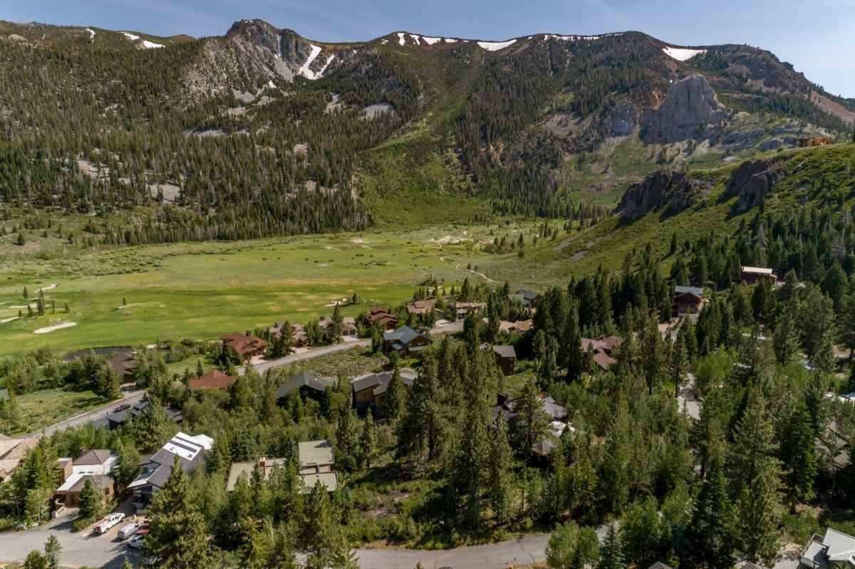 471 Ranch Rd, Mammoth Lakes, CA 93546