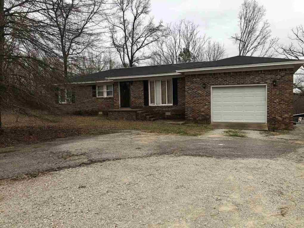 6525 State Route 225, Henderson, TN 38340