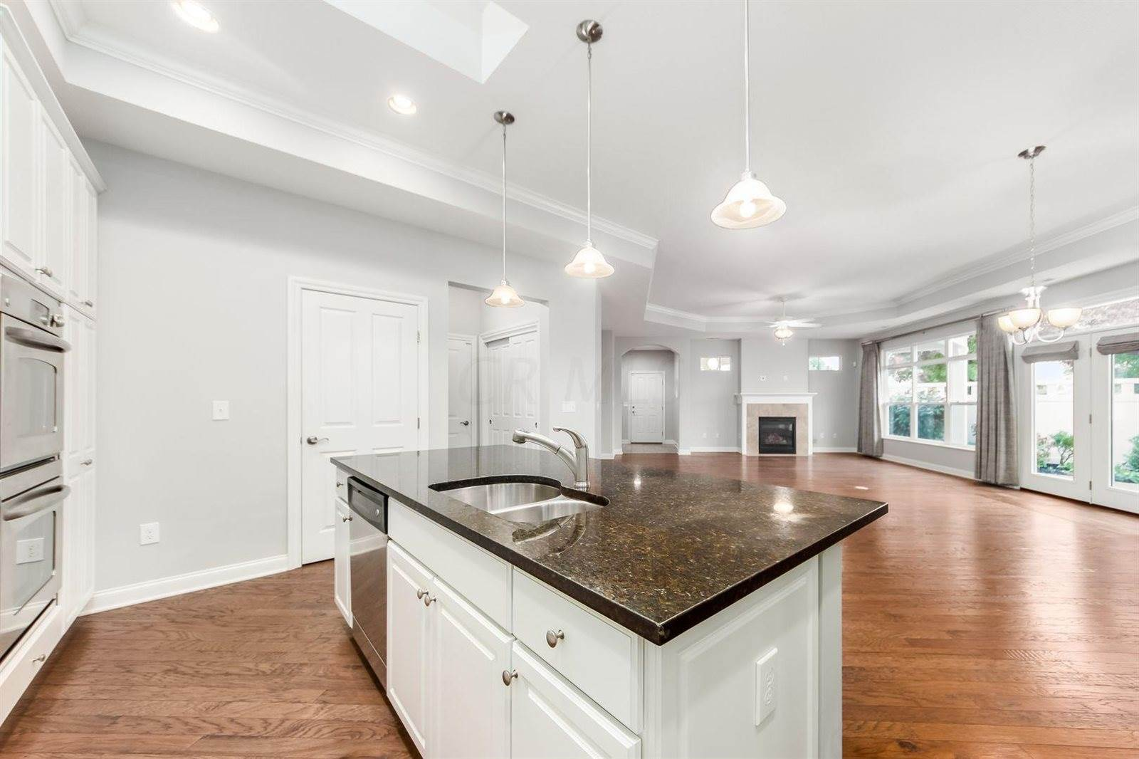 6880 Garden View Drive, Westerville, OH 43082