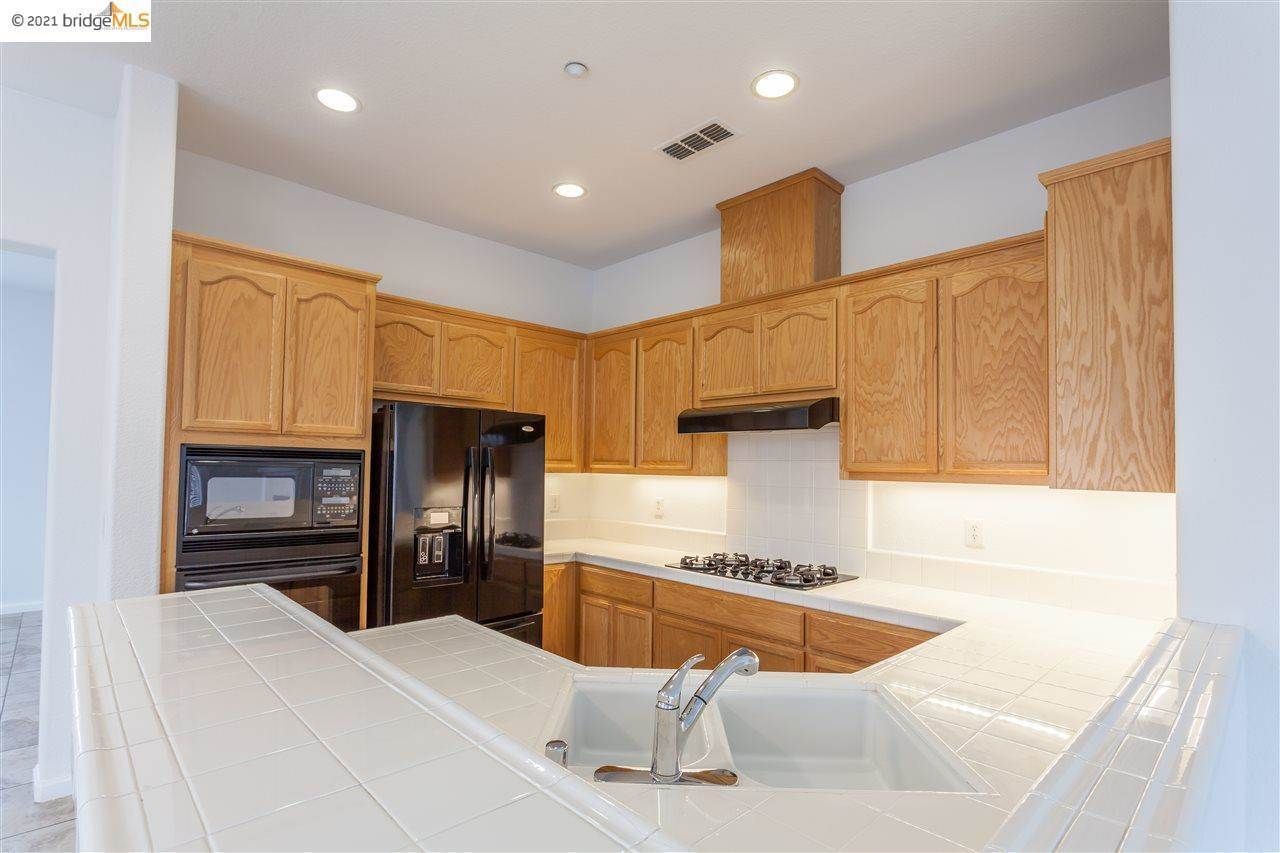 1281 Glenwillow Dr, Brentwood, CA 94513