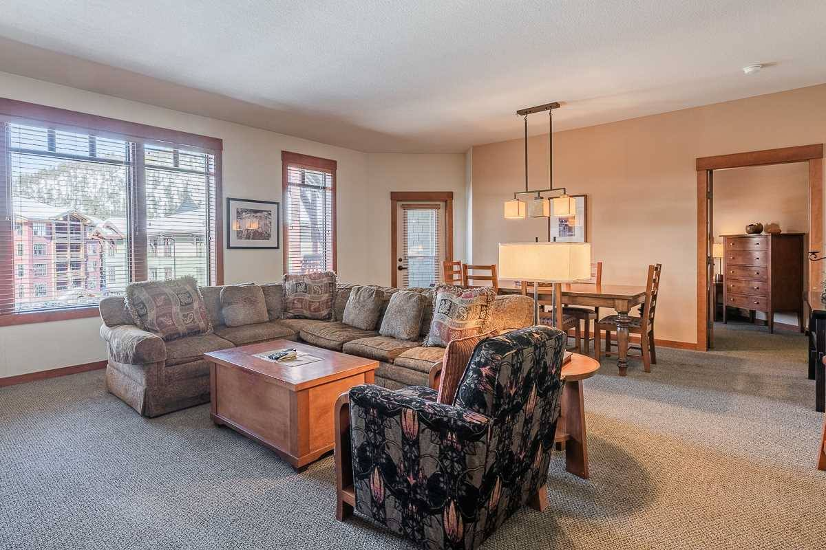 100 Canyon Blvd #3420, Lincoln House #3420, Mammoth Lakes, CA 93546