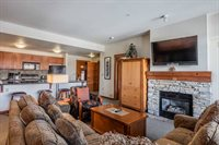 100 Canyon Blvd #3420, Lincoln House #3420, Mammoth Lakes, CA 93546