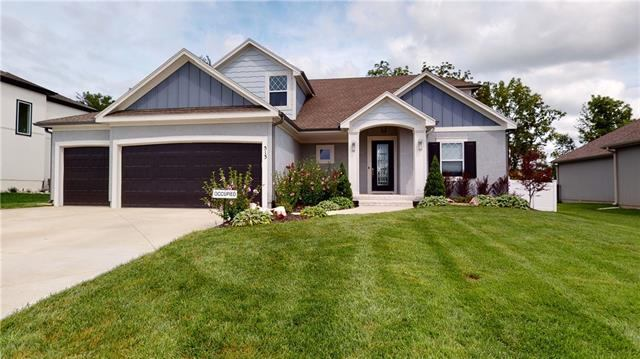 513 NE Legacy View Drive, Lee's Summit, MO 64086