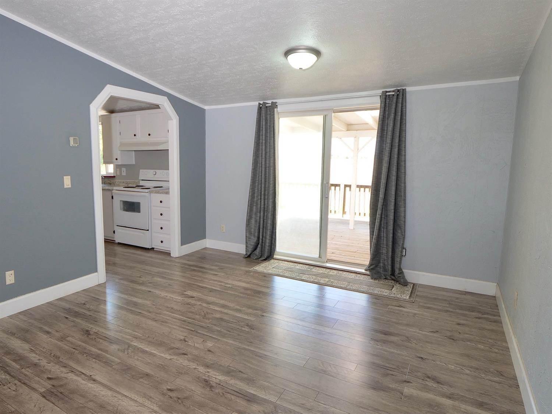 1365 Broadway Street, Olivehurst, CA 95961