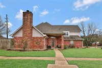 11303 Churchill Way Circle, Houston, TX 77065