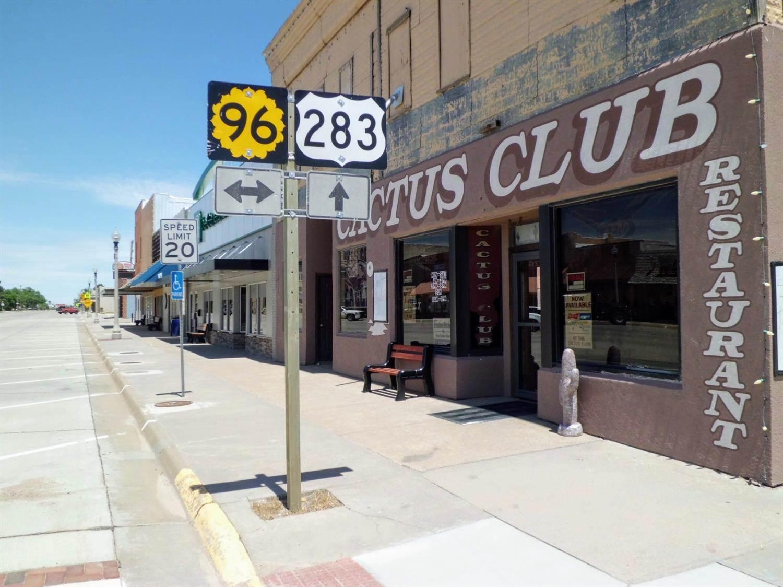 124 South Pennsylvania Avenue, Ness City, KS 67560