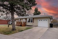 1702 S 17TH Street, Grand Forks, ND 58201