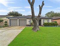 12215 Lennox Gardens Drive, Houston, TX 77066