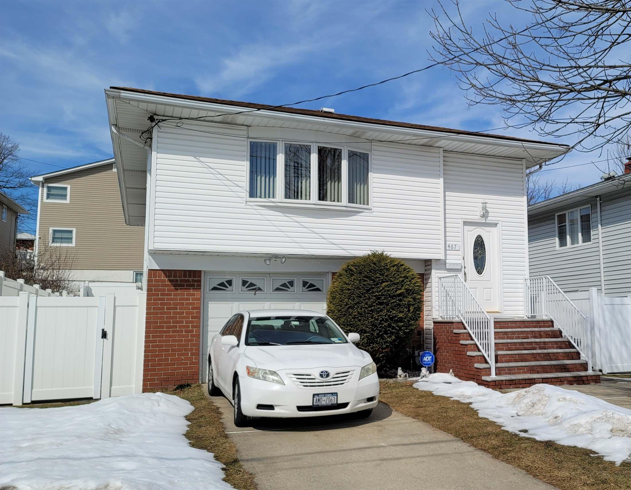 467 Durant Avenue, Staten Island, NY 10308