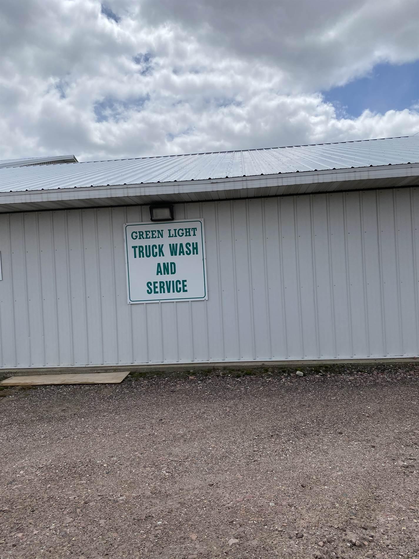 4720 S Lewis Blvd, Sioux City, IA 51106