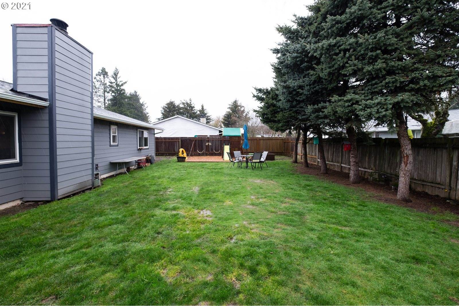 1803 Sequoia Ct, Forest Grove, OR 97116