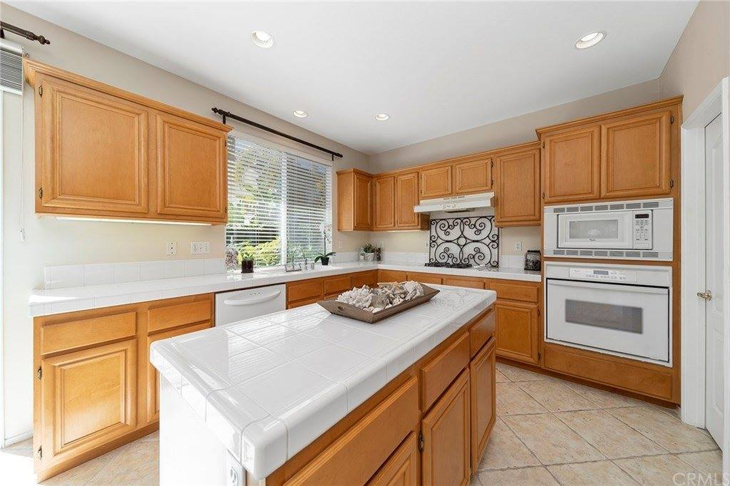 33 Kewen Way, Aliso Viejo, CA 92656