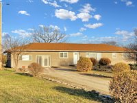 5960 S 103rd St E, Derby, KS 67037
