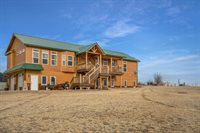 4802 Southview Dr, Williston, ND 58801