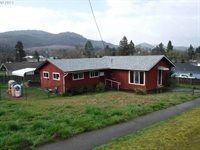 239 East B Ave, Drain, OR 97435