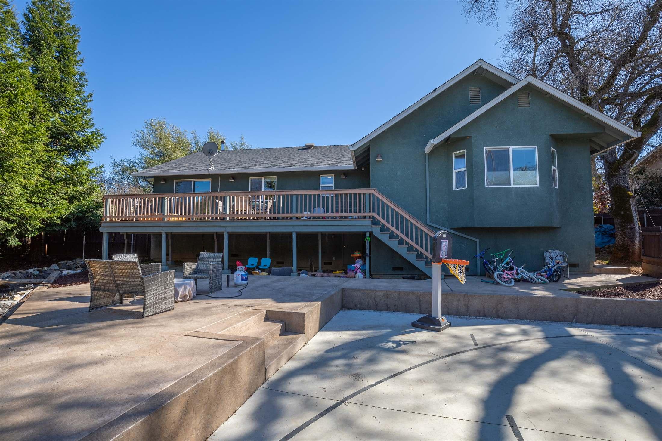 280 Live Oak Drive, Angels Camp, CA 95222