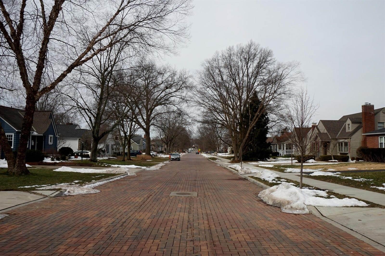 190 East Dominion Boulevard, Columbus, OH 43214
