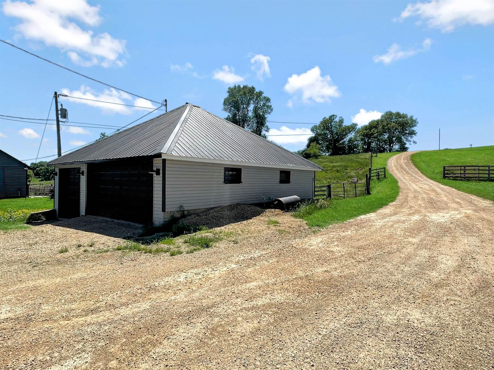 2209 South Elizabeth Scales Mound Road, Elizabeth, IL 61028