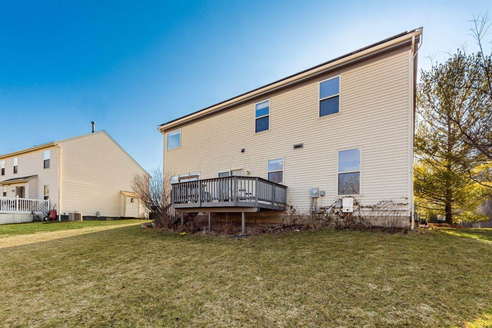 7975 Holderman Street, Lewis Center, OH 43035