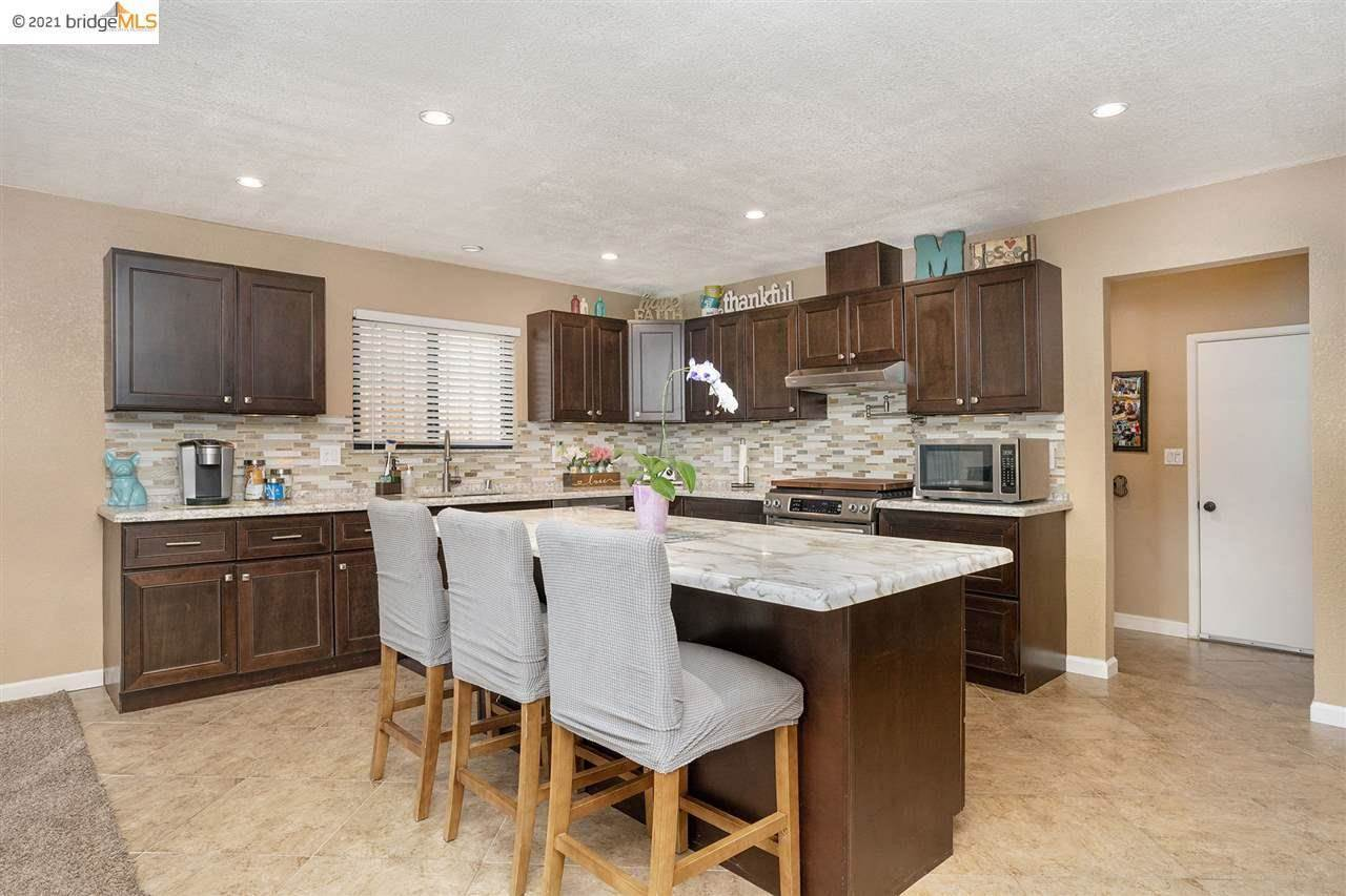 3138 View Dr, Antioch, CA 94509