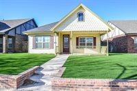 2106 9th Street, Lubbock, TX 79401