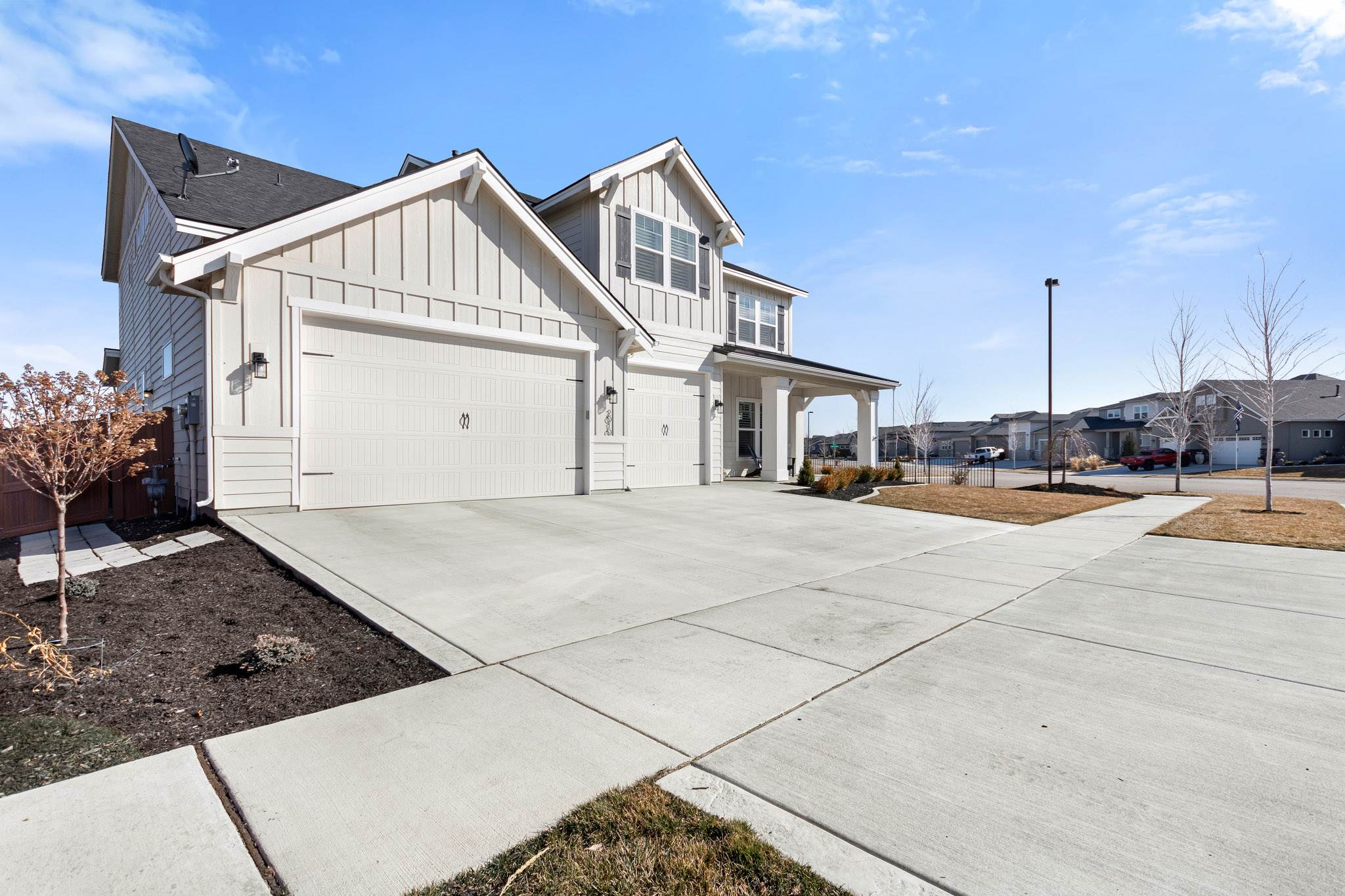 2010 E Mores Trail Dr, Meridian, ID 83642
