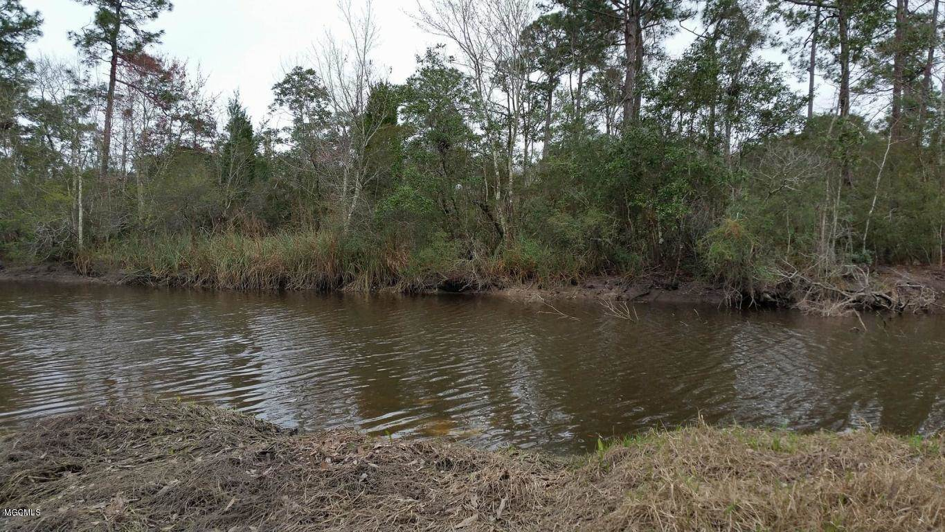 Lot 23 Creek Dr, Gulfport, MS 39503