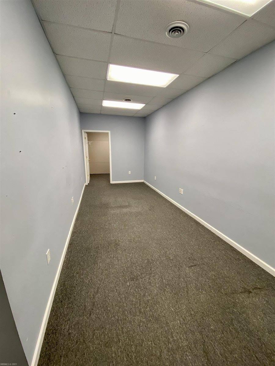 336 N Washington Avenue, Pulaski, VA 24301