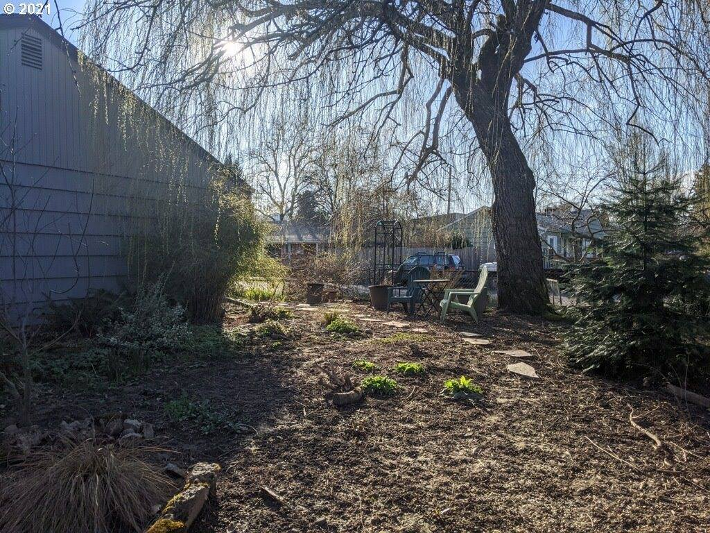 9124 North Gilbert Pl, Portland, OR 97203