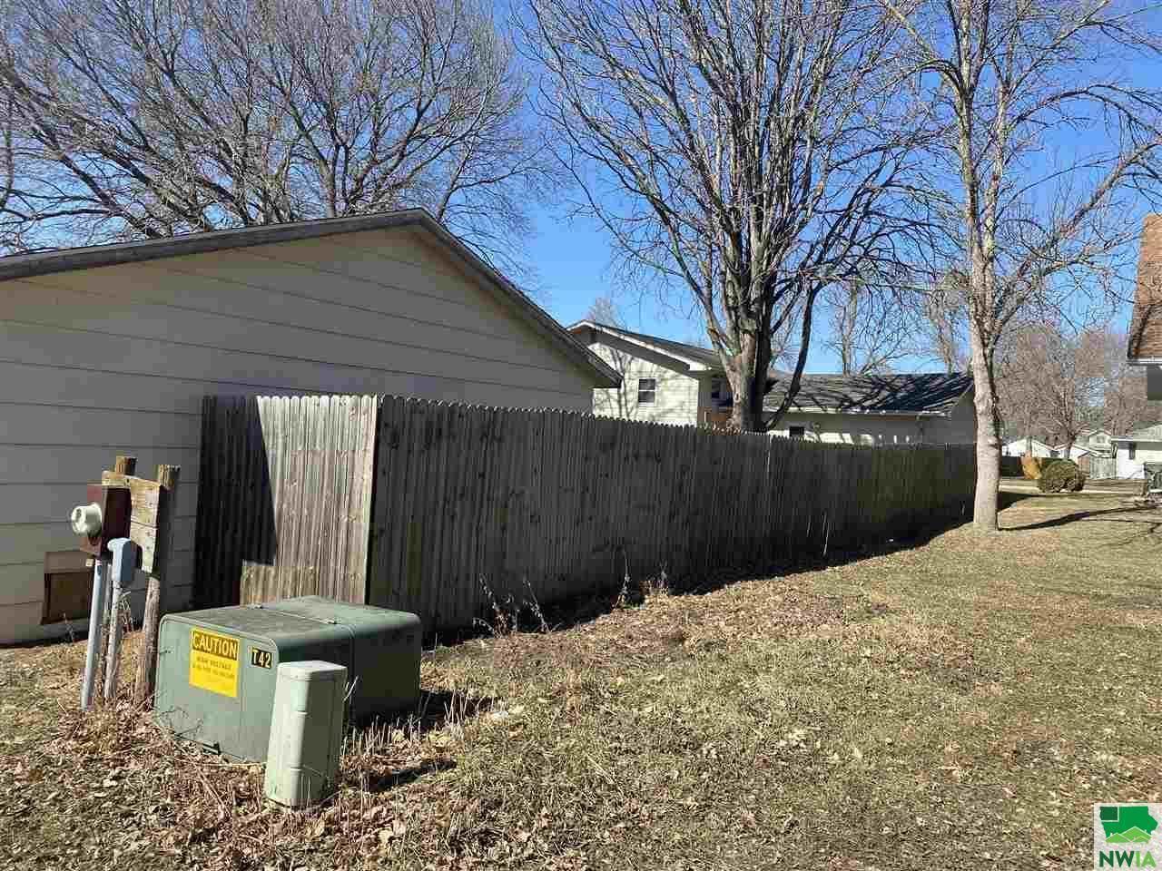 640 Reed, Akron, IA 51001
