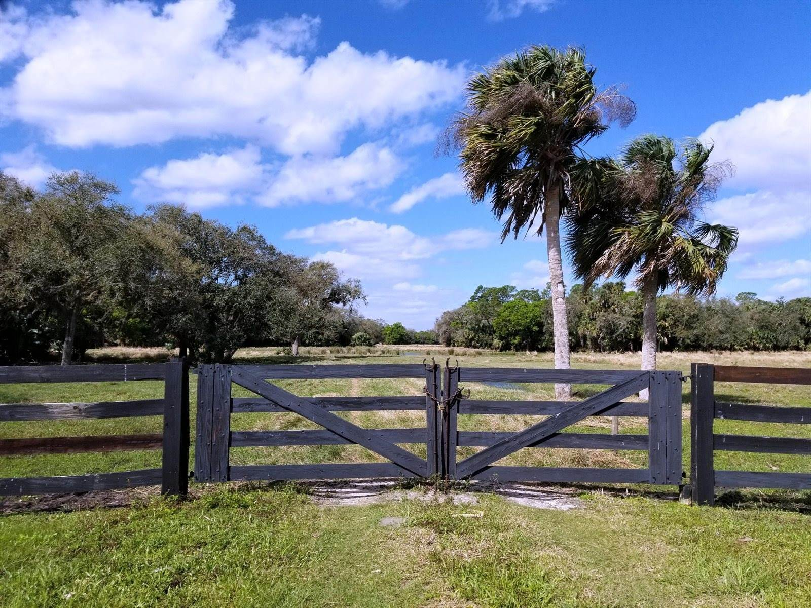 1409 SW Hunter Drive, Okeechobee, FL 34974
