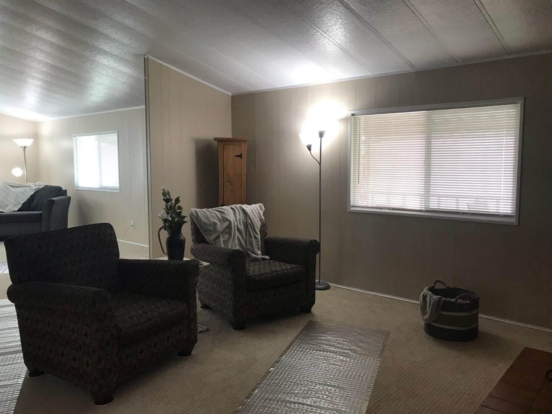 442 Royal Crest Circle, Rancho Cordova, CA 95670