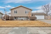 2017 7th Ave East, Williston, ND 58801