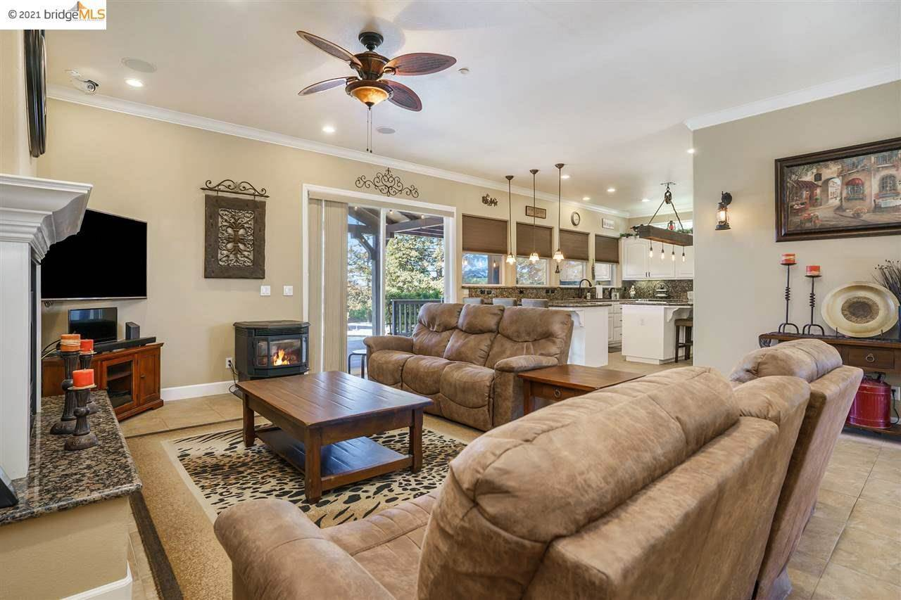520 Hotchkiss St, Brentwood, CA 94513