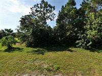 5908 NW Tyrol Court, Port St Lucie, FL 34983