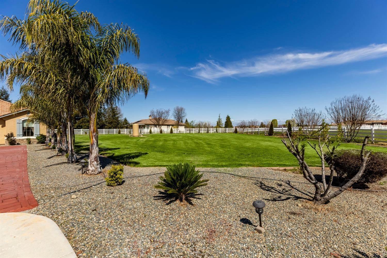9400 Barrel Racer Court, Wilton, CA 95693